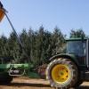 Location de tracteurs agricoles avec benne à pont moteur