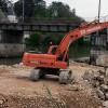 Réalisation de plateforme en rivière afin de permettre l'accès aux travaux de renouvellement des tabliers du pont SNCF